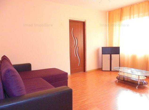 Zona linistita! Vanzare apartament cu 2 camere in Targoviste micro 4 - imaginea 1