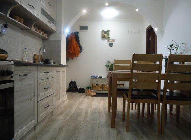 Complet renovat! Vanzare apartament cu 2 camere in Targoviste - M11 - imaginea 1