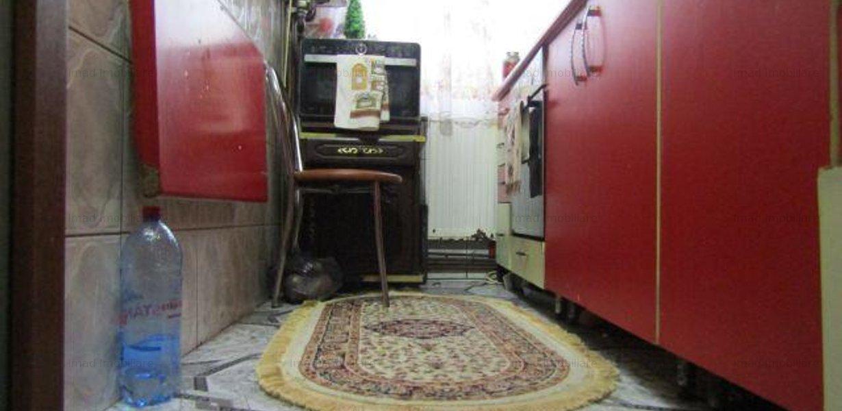 Parter! Vanzare apartament cu 2 camere in Targoviste micro 6! - imaginea 5