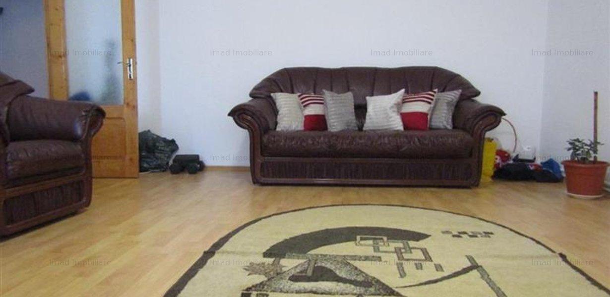 Decomandat! Vanzare apartament cu 4 camere in Targoviste micro 3! - imaginea 2