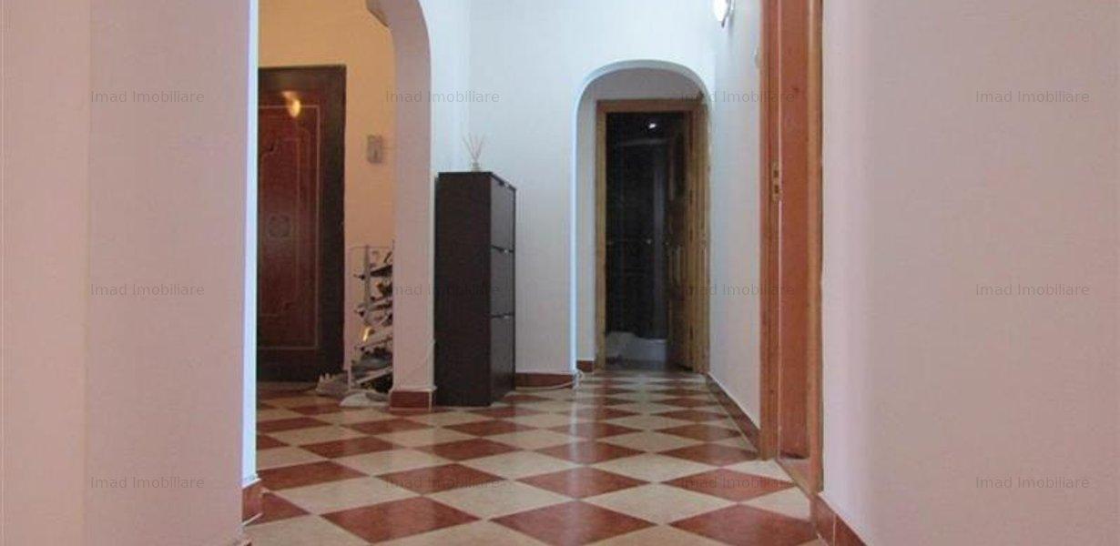 Decomandat! Vanzare apartament cu 4 camere in Targoviste micro 3! - imaginea 7