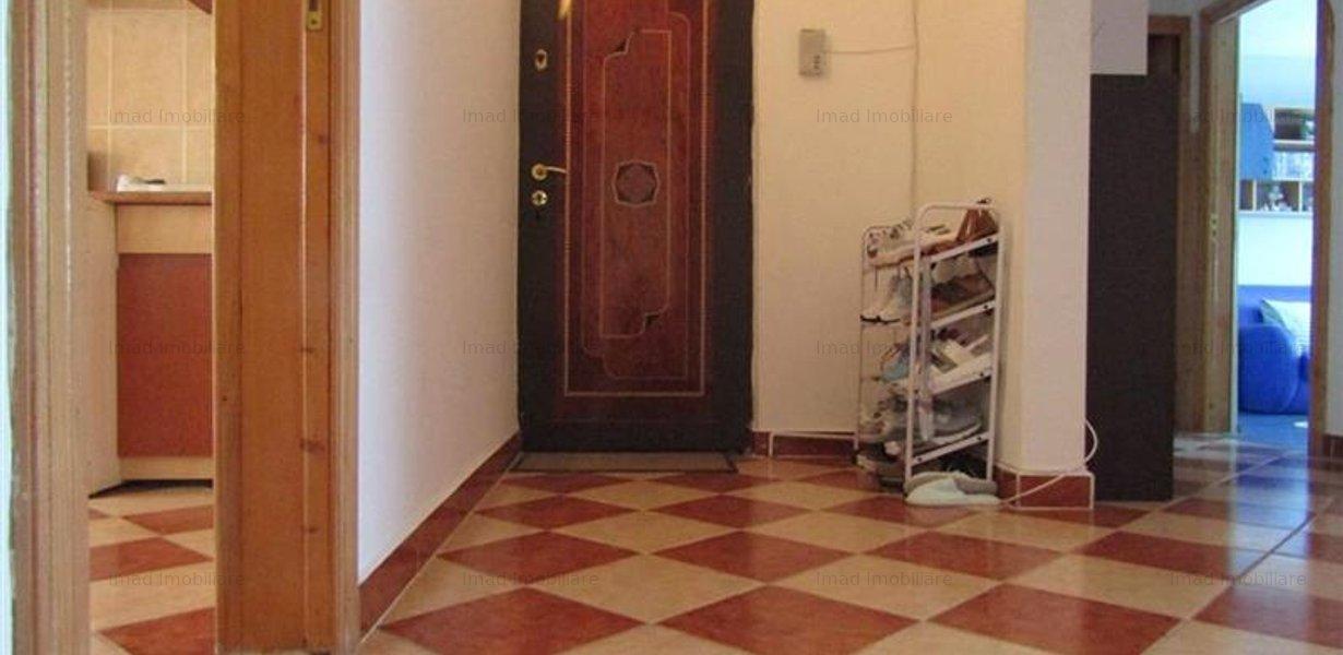 Decomandat! Vanzare apartament cu 4 camere in Targoviste micro 3! - imaginea 9