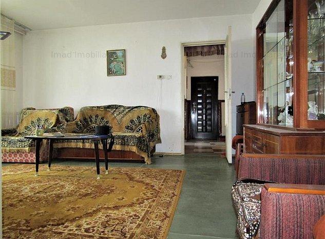 Super Spatios! Vanzare apartament cu 2 camere in Targoviste - Micro 4. - imaginea 1