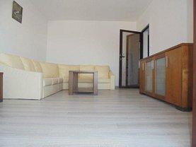 Apartament de vânzare 2 camere, în Târgovişte, zona Micro 8