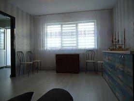 Apartament de vânzare 3 camere, în Târgovişte, zona Central