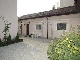 Casa de închiriat 2 camere, în Târgovişte, zona Central