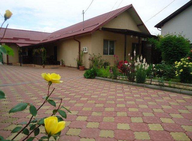 Vanzare casa deosebita, cu 5 camere in exterior Targoviste - Viforata - imaginea 1