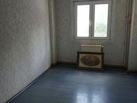 Apartament de vânzare 3 camere, în Sinaia, zona Sud