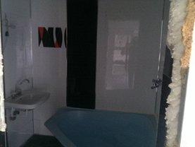 Apartament de vânzare 5 camere, în Alexandria, zona Central