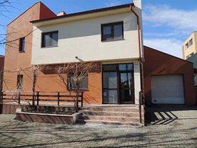 Casa 5 camere în Rosu, Central