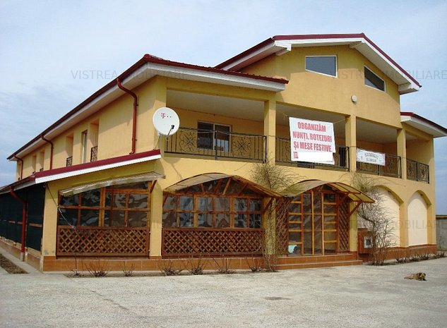 Motel & Restaurant(800mp) si teren 3300mp - imaginea 1