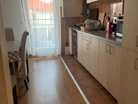 Apartament de închiriat 3 camere în Cluj-Napoca, Manastur
