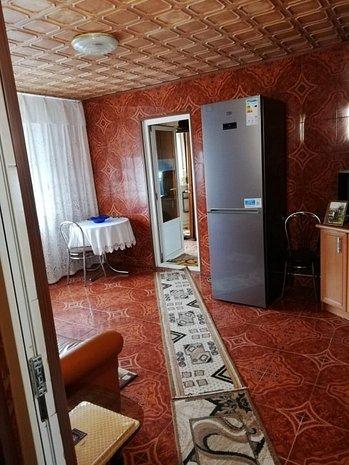 Apartament 2 camere Vest - imaginea 1