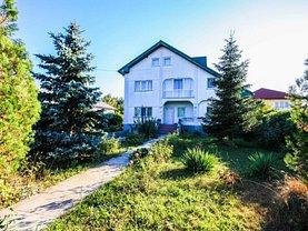 Casa de vânzare 10 camere, în Cornetu