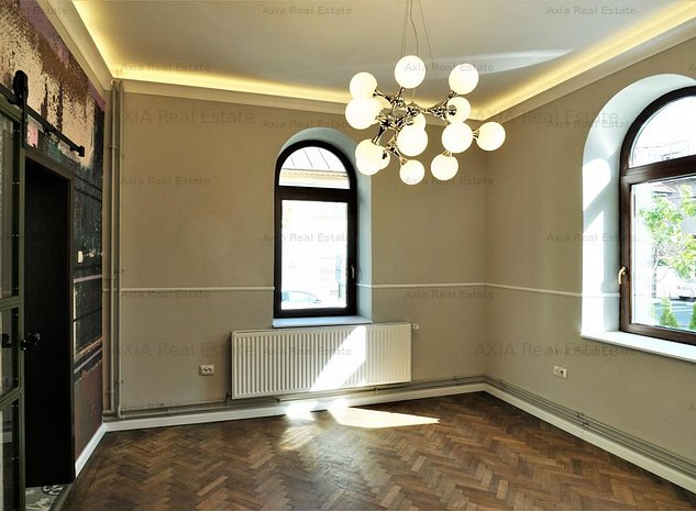 Vila recent renovata - Aviatorilor , pretabil casa avocatura, birouri, clinica - imaginea 1
