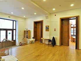 Casa de închiriat 27 camere, în Bucuresti, zona Calea Victoriei
