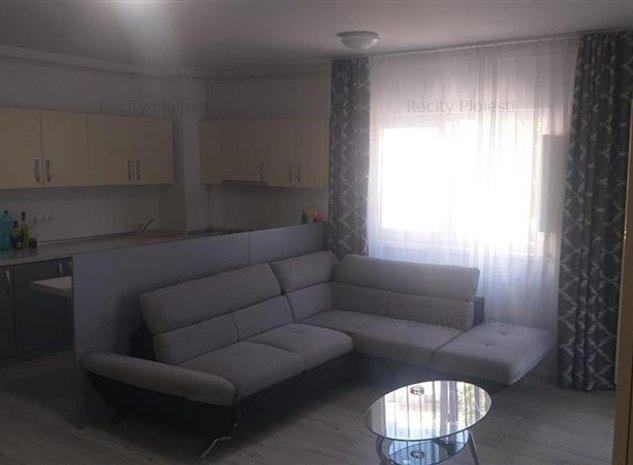 Vanzare apartament 2 camere bloc nou 9 Mai - imaginea 1