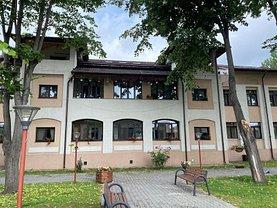 Apartament de vânzare 4 camere, în Ploieşti, zona Mihai Bravu