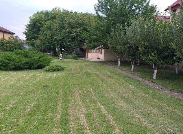 Vanzare teren stradal Tatarani - imaginea 1