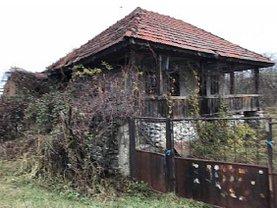 Casa de vânzare 2 camere, în Crasna