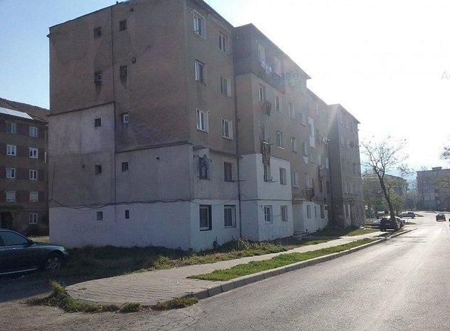 Apartament 2 camere, Petrosani, Hunedoara - imaginea 1