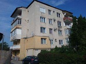 Apartament de vânzare 2 camere, în Cehu Silvaniei, zona Sud