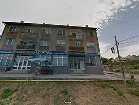 Apartament de vânzare 3 camere, în Sanmihaiu de Campie