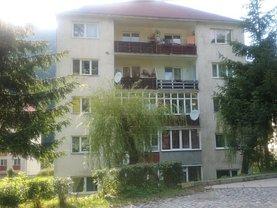 Apartament de vânzare 2 camere, în Baile Tusnad, zona Central