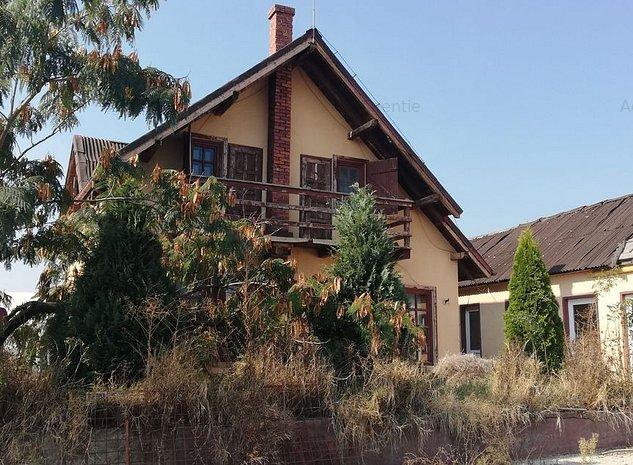 Casa / Vila cu 3 camere - imaginea 1