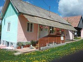 Casa de vânzare 3 camere, în Topliţa, zona Central