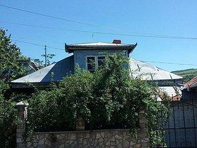 Casa de vânzare 4 camere, în Huşi, zona Nord-Vest