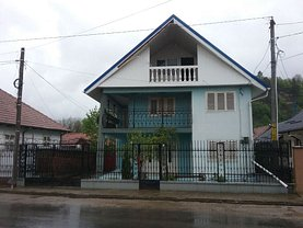 Casa de vânzare 6 camere, în Dofteana