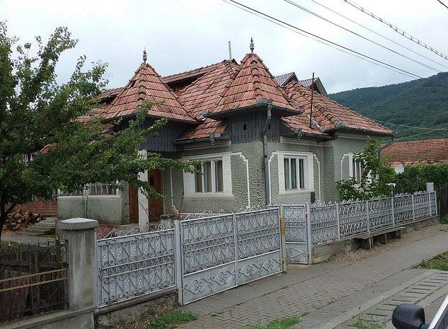 Casa si teren 1400 mp, Sieu Magherus, jud. Bistrita Nasaud - imaginea 1