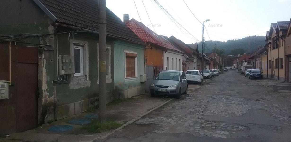Casa si teren in Resita id:17132 - imaginea 3