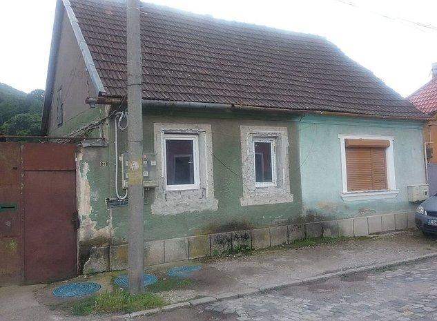 Casa si teren in Resita - imaginea 1