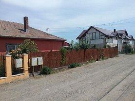 Casa de vânzare 3 camere, în Cipău