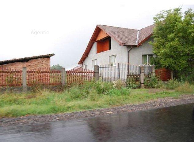 Casa si teren intravilan in sat Cornesti, com. Adamus, jud. Mures - imaginea 1