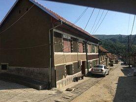 Casa de vânzare 2 camere, în Globu Craiovei