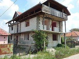 Casa de vânzare 7 camere, în Tăgădău