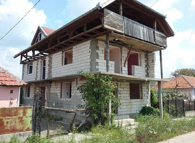 Casa si teren in Tagadau, Arad - imaginea 1