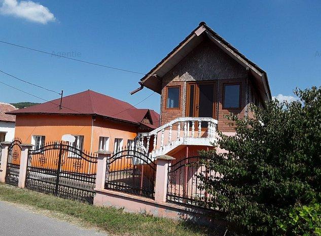 Casa in Francesti, sat Cosani, pct Acasa, Valcea - imaginea 1