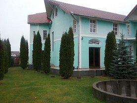 Casa de vânzare 3 camere, în Reghin, zona Nord