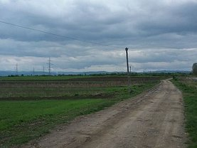 Teren agricol de vânzare, în Radauti, zona Vest