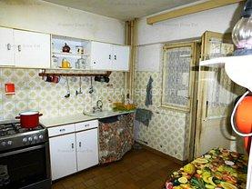 Apartament de vânzare 4 camere, în Iasi, zona Central