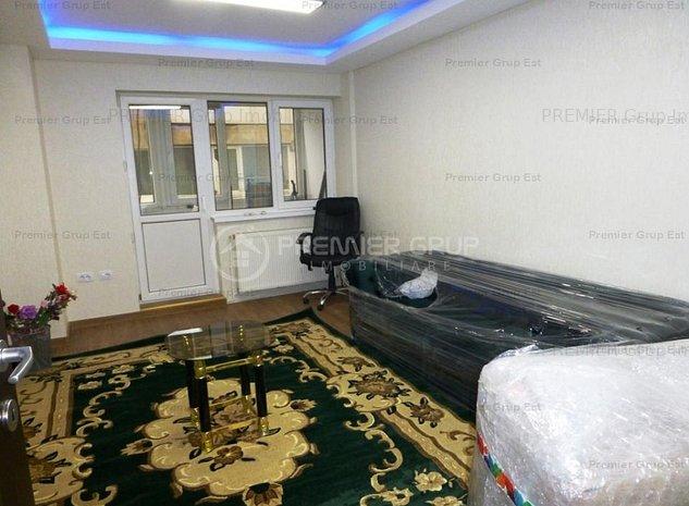 Apartament 3 camere, Centru, 70mp, CT, etaj 3 - imaginea 1