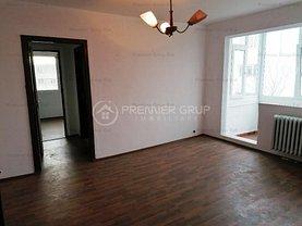 Apartament de vânzare 3 camere, în Iaşi, zona Podu Roş
