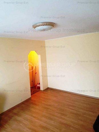Apartament 2 camere, Mircea cel Batran, 42mp, termoizolat, etaj 1 !!! - imaginea 1