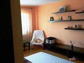Apartament de vânzare 3 camere în Slatina, Central