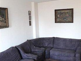Apartament de vânzare 4 camere, în Buzau, zona Central