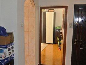 Apartament de vânzare 2 camere în Pitesti, Rolast